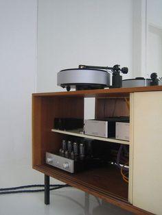 interior design dutch james webb plastolux design minimal
