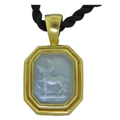 Elizabeth Locke Jewelry | ELIZABETH LOCKE Gold Mother Of Pearl Intaglio Pendant Necklace at ...