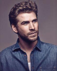 Miley Cyrus & Liam Hemsworth – Will It Last? Liam Hemsworth, Hemsworth Brothers, Celebrity Dads, Celebrity Crush, Celebrity Style, Hot Actors, Actors & Actresses, Percy Jackson, Beautiful Men