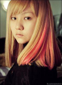 zemotion + bubblegum pink hair