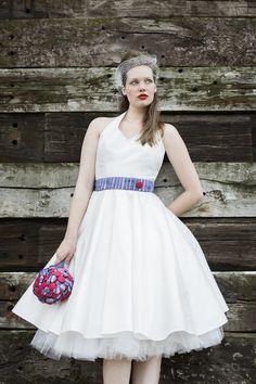 50s rockabilly petticoat brautkleid mit neckholder und schmalem lila ...