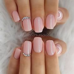 nails light pink / nails light pink - nails light pink glitter - nails light pink acrylic - nails light pink design - nails light pink coffin - nails light pink short - nails light pink gel - nails light pink and gold Manicure Colors, Nail Colors, Gel Manicures, Color Nails, Wedding Day Nails, Wedding Nails For Bride Natural, Wedding Manicure, Natural Acrylic Nails, Natural Nails
