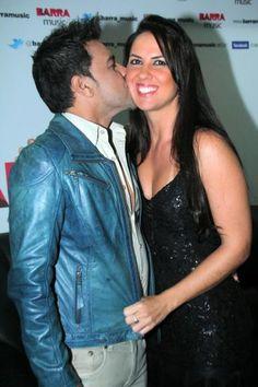 Clima de romance: Zezé di Camargo e Luciano trocam beijos com suas amadas