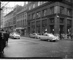 Yonge Street predates confederation by of a century. Here are some great Vintage Yonge Street pics from that show the changes. Toronto Street, Downtown Toronto, Vintage Photographs, Vintage Photos, Queen Street West, Hidden Art, Yonge Street, Toronto Ontario Canada, Old Gas Stations