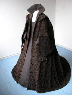 garment of Margaretha Francizka Lobkowicz née Dietrichstein, 1st half of the 17th century, Regional Museum, Mikulov (after conservation)