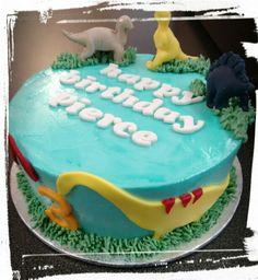 Dino cake -view #2