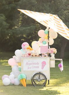 Kids' Pastel Ice Cream Party - Inspired By This - - Nothing says summer like a pastel ice cream party for the kiddos. Tara at One Stylish Party knocked it out of the park with this one! She used fun vintage-esque ice cream decor! First Birthday Parties, Birthday Party Themes, Birthday Ideas, Pastell Party, Ice Cream Decorations, Pastel Party Decorations, Balloon Decorations, Party At The Park, Ice Cream Theme