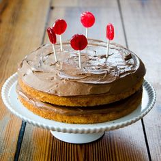 This deceptively simple layer cake tastes more sophisticated than it looks with those slightly melted organic lollipops (or are they balloon emoji? Healthy Dessert Recipes, Cake Recipes, Desserts, Healthy Foods, Silver Palate Cookbook, Cake Tasting, Chocolate Frosting, Piece Of Cakes, Cake Cookies