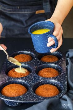 Looking for a unique and delicious dessert? Try this South African dessert, malva pudding mini cakes are absolutely irresistible. Pudding Cupcakes, Pudding Desserts, Pudding Cake, Pudding Recipes, Trifle Desserts, South African Desserts, South African Dishes, South African Recipes, South African Decor