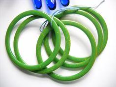 www.etsy.com/shop/FindCharlotte Excited to share the latest addition to my #etsy shop: Set Bakelite Spacer Bracelets Five Green Yellow Marble Bakelite Bangle Set Art Deco Mid Century Statement Bracelet Set https://etsy.me/2IvycOC #jewelry #bracelet #green #no #women #y