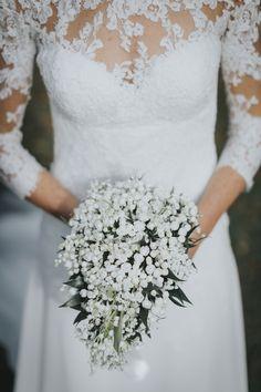 wedding bouquet with white bouvardia & white lily of the valley #weddingideas #weddingbouquet #weddingflowers #elisaluca2017