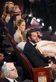 Bradley Cooper and Jennifer Lawrence (hometown girl!) at the 2013 Oscars (Silver Linings Playbook) Bradley Cooper, Pretty People, Beautiful People, Film Books, Best Actress, We The People, Hunger Games, My Idol, Actors & Actresses