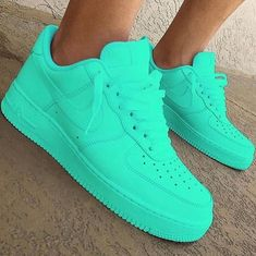 Styles and block sneakers, seek our assortment of fashionable streetwear footwear and tennis shoes. Jordan Shoes Girls, Girls Shoes, Cute Sneakers, Shoes Sneakers, Sneakers Adidas, Vans Shoes, Sneakers Workout, Red Nike Shoes, Dsw Shoes