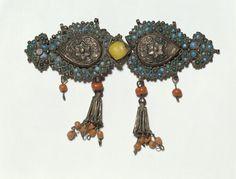 Clasp      Object:      Clasp     Place of origin:      Bukhara, Uzbekistan (made)     Date:      1800-1900 (made)