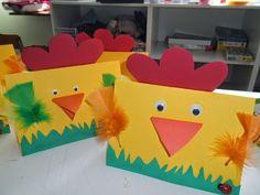 Wielkanocne pocztówki – 10 pomysłów – Mama z miasta Easter Art, Easter Crafts For Kids, Preschool Crafts, Ester Crafts, Mehndi Decor, Arts And Crafts, Diy Crafts, Easter Season, Art Activities