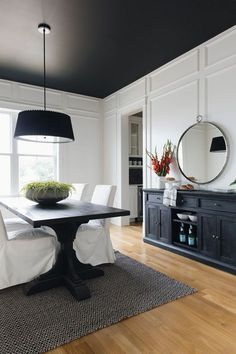 Black & White Interior Design Ideas : We added drama with a black ceiling Paint color is Black by Benjamin Moore Black Ceiling Paint, Ceiling Paint Colors, Colored Ceiling, Dark Ceiling, Ceiling Paint Ideas, Black Painted Walls, Ceiling Painting, Room Paint Colors, Gray Walls