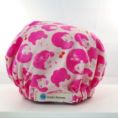 Pink and White Retro 'Foxy Lady' XL Satin Lined Sleep Bonnet Extra-large size means this hair bonnet will cover even the thickest, longest curly and natural hai Natural Hair Care, Natural Hair Styles, Hair Bonnet, Apple Prints, Pink Apple, Long Curly, Pink White, Sleep, Satin