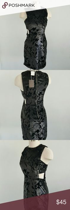 """NWT FOREVER 21 Black Cocktail Sequins Dress NWT Black Cocktail dress ,perfect for dinner and evening,  absolutely amazing dress , beautiful pattern of sequins on acsaminit background and side open, Sleeveless, fully lined, back zip closure.  Measurements are 35"""" bust 35"""" waist 32"""" Forever 21 Dresses"""