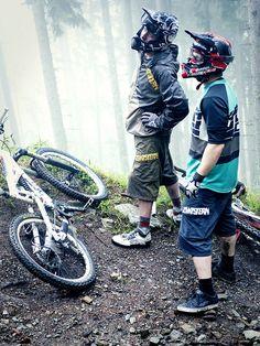 Riders: Andi Brewi & Thomas Prof Schmitt | Location: Wildkogeltrail Neukirchen