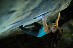 T Shirt Femme Reebok CrossFit Games Fittest On Earth Gris