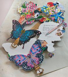 La collection de papeterie Christian Lacroix comprend également des cartes et des enveloppes. Christian Lacroix, Stationary Shop, Deco, Vintage, Collection, Envelopes, Paper Mill, Cards, Fashion Styles