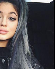 kylie jenner grey hair grey haircolour
