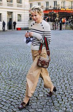 Julia von Boehm in Gucci loafers with a Gucci bag