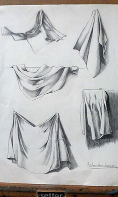 The complicated world of the drapery Drapery Drawing, Fabric Drawing, Painting & Drawing, Still Life Drawing, Still Life Art, Pencil Art Drawings, Art Drawings Sketches, Realistic Drawings, Drawing Faces