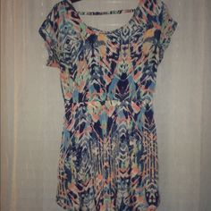 American eagle casual multicolored dress size s Like new. Lightweight material that is soft. Has elastic waistband and an elastic row on the back for detail. Size small, although it does look larger. I wear a small and it fit me great. #americaneagleoutfitters #americaneagledress #springdress American Eagle Outfitters Dresses Mini