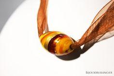 Collier Bulle Jaune Marron : Un superbe bijou en verre de Murano entièrement réalisé à la main par un maître verrier #BijouxMurano #Jaune #Marron - bijouxmurano.fr