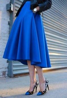 Beautiful skirt.  The color and shape is fab! -Tiffany