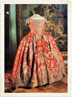 Coronation dress of Catherine I.