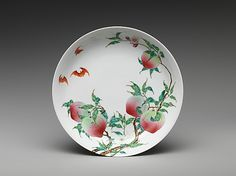 Dish with Peaches and Bats, 18th century. Qing dynasty (1644–1911), Yongzheng period (1723–35). China. The Metropolitan Museum of Art, New York. Gift of Stanley Herzman, in memory of Gladys Herzman, 1997 (1997.1.11) #bats #Halloween