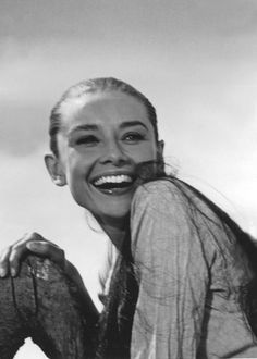 Audrey Hepburn, what a beautiful smile