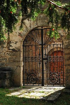 Wrought iton gate in old stone wall. Hacienda in Asturias, Spain Cool Doors, Unique Doors, Door Gate, Fence Gate, Portal, Wrought Iron Gates, Entry Gates, Entry Doors, Iron Work