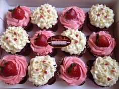 12 yummylicious cupcakes