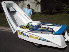 Ski Boats, Cool Boats, Wooden Boat Plans, Wooden Boats, Folding Boat, Small Fishing Boats, Truck Tent, Classic Sailing, Electric Boat