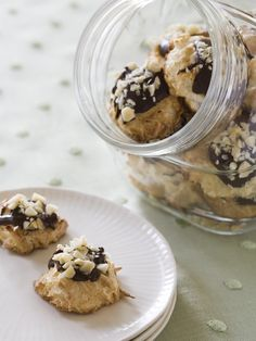 Paradise Macaroons: One bite of Alton's island-inspired macaroons and you'll think you're in paradise. This combination of chocolate, coconut and macadamia nuts is irresistible.