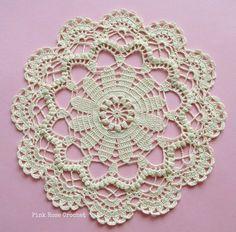 27 Best Ideas for crochet coasters flower blankets Crochet Mittens Pattern, Crochet Flower Patterns, Crochet Mandala, Crochet Slippers, Crochet Motif, Crochet Doilies, Crochet Flowers, Crochet Lace, Cotton Crochet