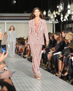 Impecable estilo preppy de Tommy Hilfiger en la Mercedes-Benz Fashion Week Nueva York