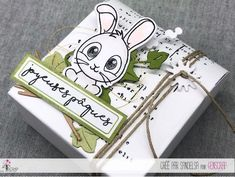 """Sandelsa : #Tampons et #matrices de coupe #dies #4enSCRAP """"Mon petit #lapin"""" #pâques #nimaux #bonheur #scrapbooking #DIY #loisirscréatifs #carte #carterie Mini Albums, Tampons Transparents, Flocking, Creations, Presents, Snoopy, Bullet Journal, Handmade, Animals"""
