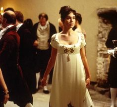 Frances O'Connor as Fanny Price. She's so beautiful in this! I want all of their dresses.