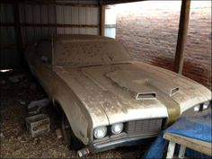 Barn find: Original1969 Hurst/Olds  I wish that I can rescue this car before it perishes!