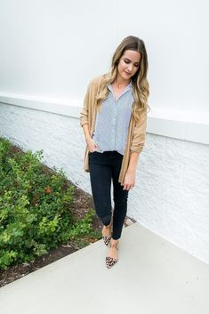 Albertville Premium Outlets Finds: Casual & Work Wear Outfit Ideas | Fall Office Outfit | Leopard Flats #flatsoutfitwork