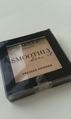 Pressed powder £1 from poundland
