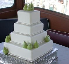 perfect pear wedding cake