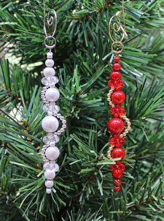 Beaded Christmas Decorations, Christmas Ornaments To Make, Christmas Projects, Handmade Christmas, Holiday Crafts, Christmas Crafts, Theme Noel, Decoration Table, Making Ideas