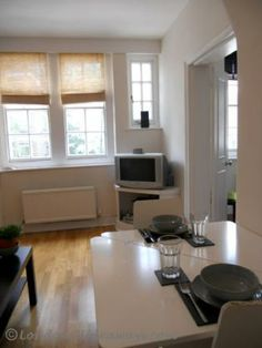 erfect for travelers on a budget, looking for that super-central London base, this bloomsbury holiday let is a great find. Furnished Apartments, Holiday Lettings, Bloomsbury, Cosy, Budget, London, Budgeting, London England