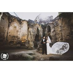 Overpowered the sunlight with strobes and gave a dramatic look.  2016 CNGZ ARTS - Beytullah Cengiz  WWW.CENGIZ.BE - INFO @ CENGIZ. BE  #wedding #weddings #weddingdress #weddingphotographer #weddingday  #weddingphotography #weddinginspiration #weddingparty #weddingcake  #weddingdecor #düğün #dugun #dugunhikayesi  #dugunfotografcisi #dugunfotograflari  #düğündernek #düğünfotoğrafçısı #düğünfotoğrafı #düğünhazırlığı #dugunhikayeniz #trouwfotograaf #trouwreportage #trouwfeest #trouwjurk #trouwen…