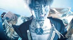 """EXO TOWN: EXO-K and EXO-M """"MAMA"""" Music Video (Korean and Chinese Version)"""